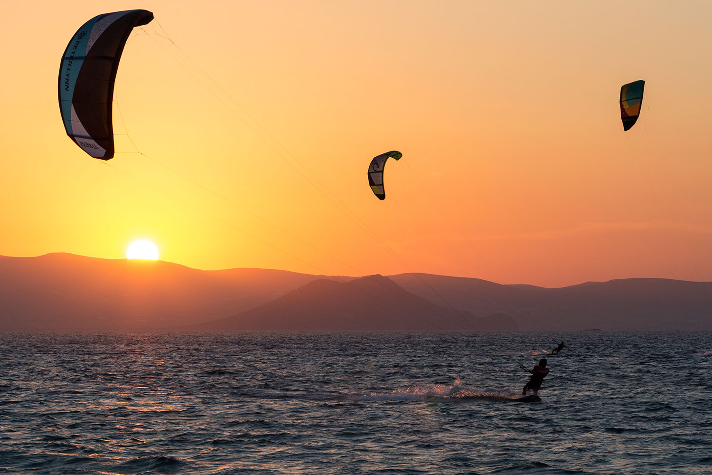 Kitesurfen - Kite surfing in Mikri Vigla