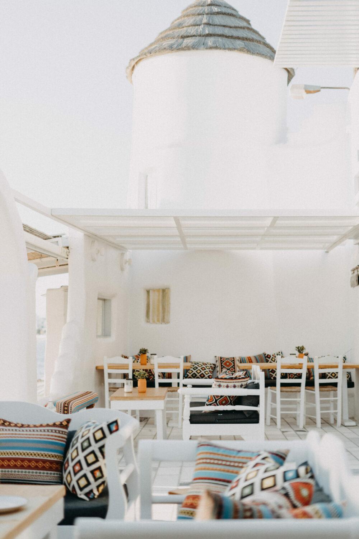 flisvos beach cafe naxos windmill