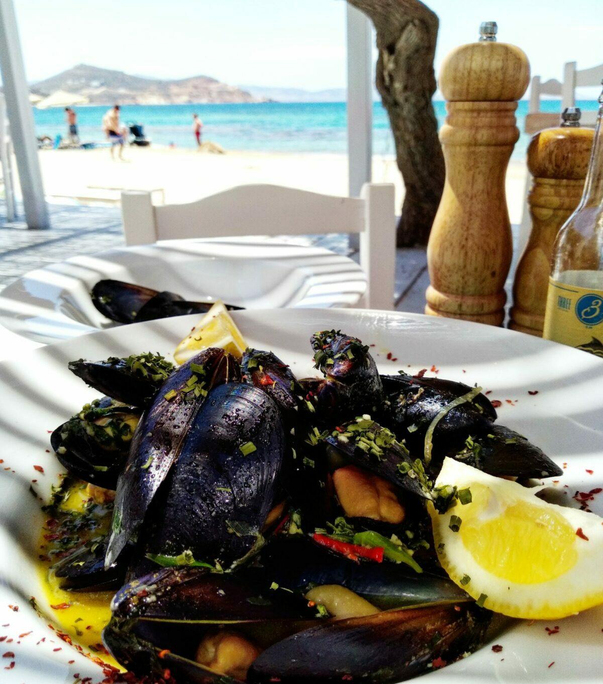 fresh mussels naxos flisvos beach cafe restaurant