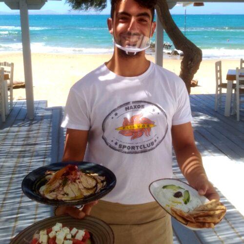 odi waiter beach cafe flisvos naxos restaurant