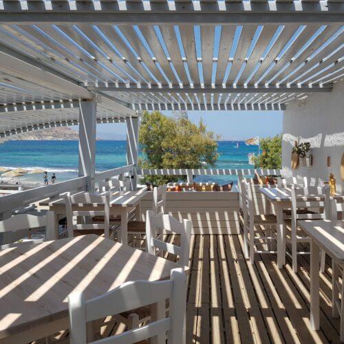 flisvos sport club bar view restaurant naxos lunch dinner griekenland vakantie