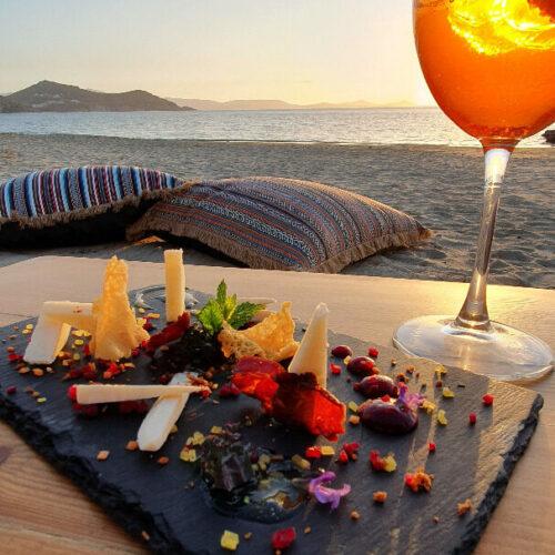 flisvos restaurant naxos bar by the sea cocktails