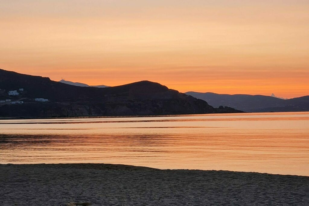 sunset flisvos sportclub greece naxos restaurant by the sea