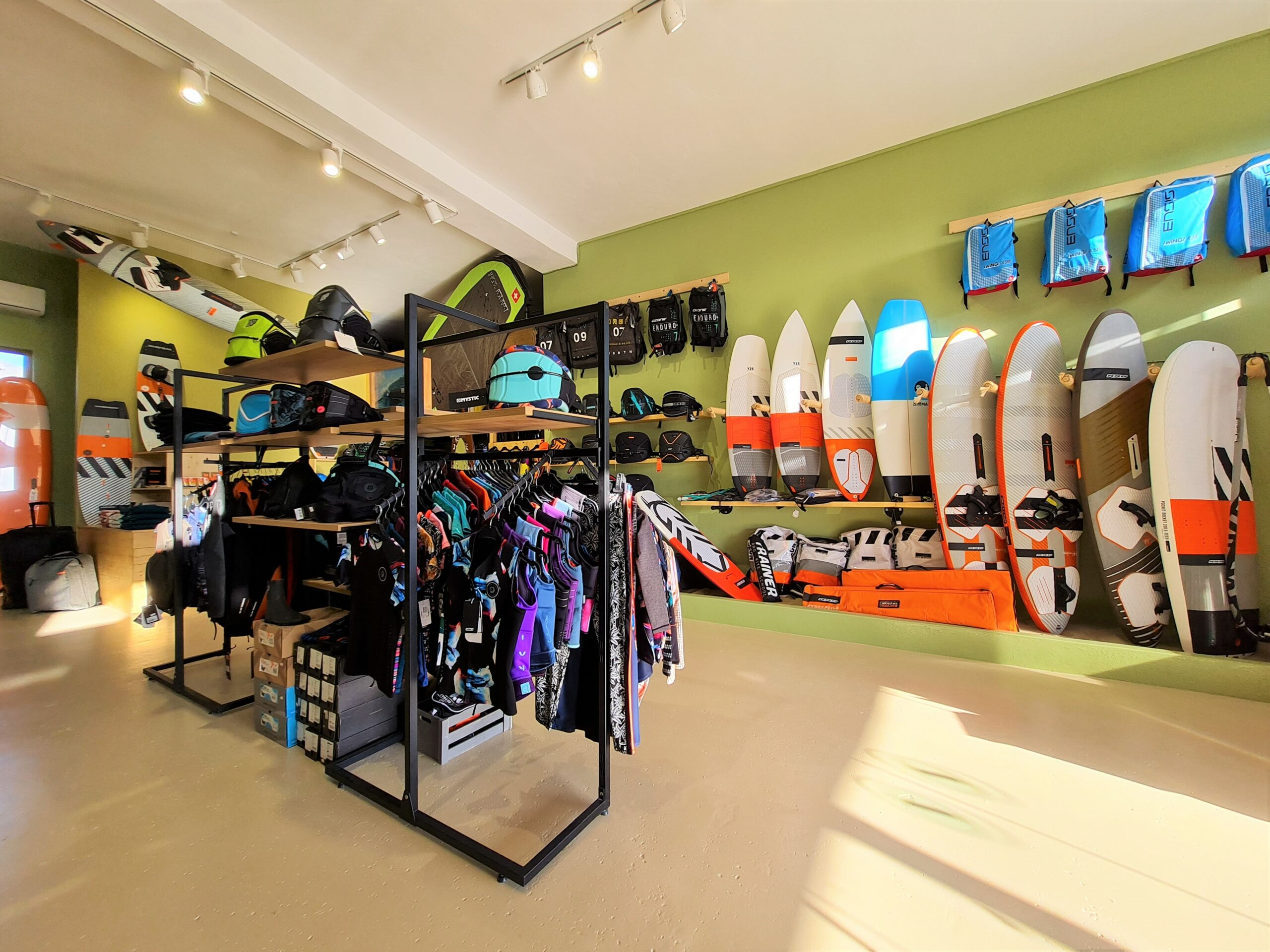surfshop flisvos sportclub naxos greece