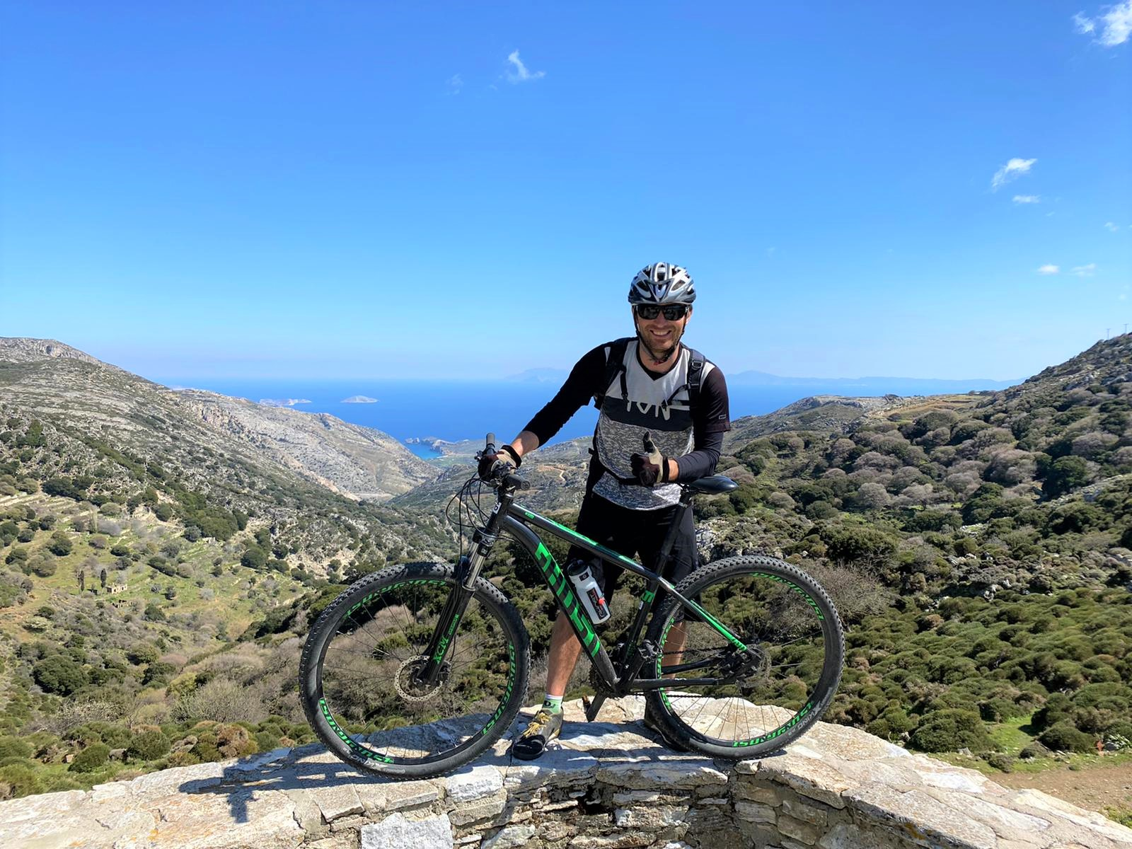 ghost bike guide rental trekking mountainbike flisvos sport club naxos greece MTB